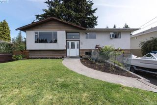 Photo 1: 542 Hallsor Dr in VICTORIA: Co Wishart North House for sale (Colwood)  : MLS®# 791609