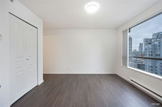 """Photo 12: 1508 1189 HOWE Street in Vancouver: Downtown VW Condo for sale in """"GENESIS"""" (Vancouver West)  : MLS®# R2528106"""