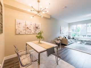 """Photo 2: 263 2501 161A Street in Surrey: Grandview Surrey Townhouse for sale in """"Highland Park"""" (South Surrey White Rock)  : MLS®# R2467326"""