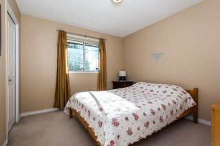Photo 12: 7129 BUFFALO Street in Burnaby: Government Road House for sale (Burnaby North)  : MLS®# R2032643