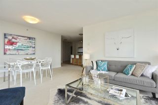 """Photo 8: 604 155 W 1ST Street in North Vancouver: Lower Lonsdale Condo for sale in """"TIME"""" : MLS®# R2335827"""
