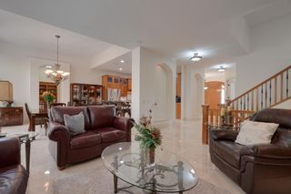 Photo 10: 131 Wentwillow Lane SW in Calgary: West Springs Detached for sale : MLS®# A1151065