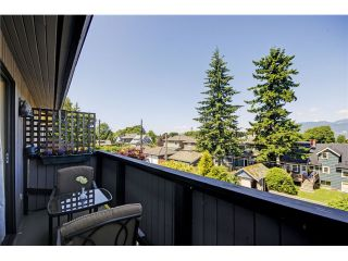 """Photo 3: 3739 W 24TH Avenue in Vancouver: Dunbar House for sale in """"DUNBAR"""" (Vancouver West)  : MLS®# V1069303"""