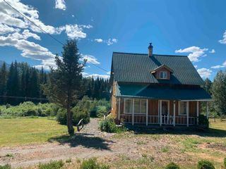 Photo 4: 20887 W 16 Highway in Smithers: Smithers - Rural House for sale (Smithers And Area (Zone 54))  : MLS®# R2596029