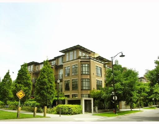Main Photo: 210 2175 SALAL Drive in Vancouver: Kitsilano Condo for sale (Vancouver West)  : MLS®# V717519