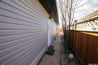 Photo 10: 5910 5th Avenue in Regina: Mount Royal RG Residential for sale : MLS®# SK841555