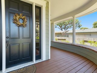 Photo 4: OCEANSIDE House for rent : 4 bedrooms : 2121 Grandview St