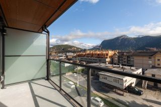 """Photo 10: 504 38013 THIRD Avenue in Squamish: Downtown SQ Condo for sale in """"THE LAUREN"""" : MLS®# R2415912"""