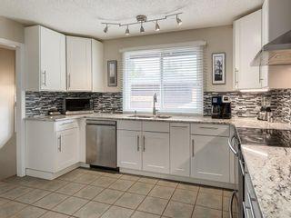 Photo 14: 512 OAKWOOD Place SW in Calgary: Oakridge Detached for sale : MLS®# C4264925