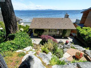 Photo 3: 5043 Cordova Bay Rd in VICTORIA: SE Cordova Bay House for sale (Saanich East)  : MLS®# 818337