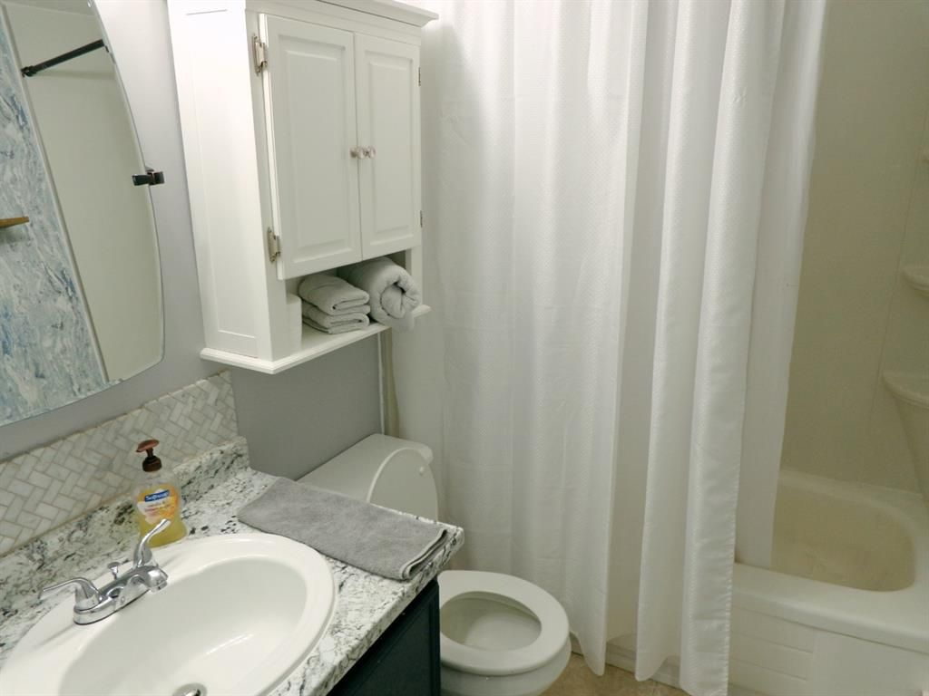 Photo 17: Photos: 301 5812 61 Street: Red Deer Apartment for sale : MLS®# A1063837