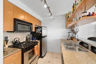 """Photo 11: 708 1495 RICHARDS Street in Vancouver: Yaletown Condo for sale in """"AZURA II"""" (Vancouver West)  : MLS®# R2606162"""