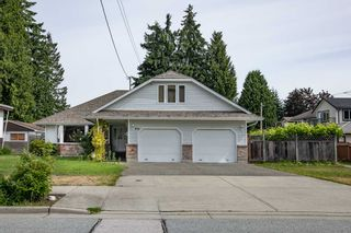 Photo 1: 931 COTTONWOOD Avenue in Coquitlam: Coquitlam West House for sale : MLS®# R2558688