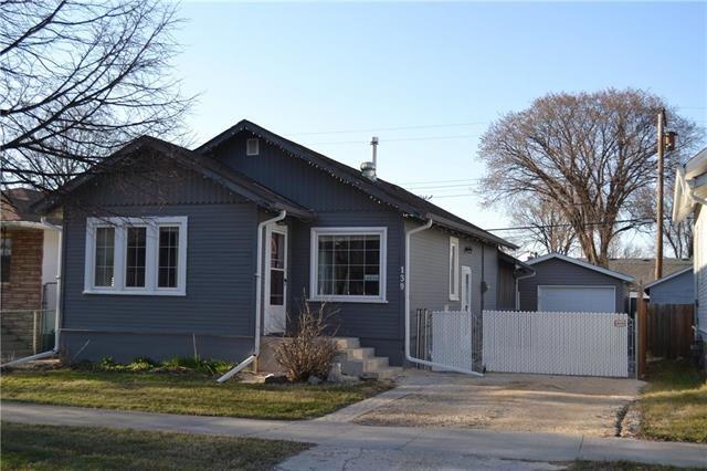 Main Photo: 139 Whittier Avenue East in Winnipeg: East Transcona Single Family Detached for sale (3M)  : MLS®# 1909867