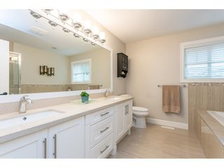 "Photo 19: 18256 67A Avenue in Surrey: Cloverdale BC House for sale in ""Northridge Estates"" (Cloverdale)  : MLS®# R2472123"