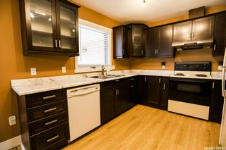 Photo 11: 42 Gabruch Crescent in Battleford: Residential for sale : MLS®# SK855458