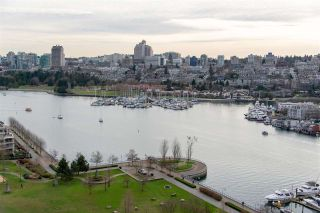 Photo 7: 1903 638 BEACH CRESCENT in Vancouver: Yaletown Condo for sale (Vancouver West)  : MLS®# R2339552