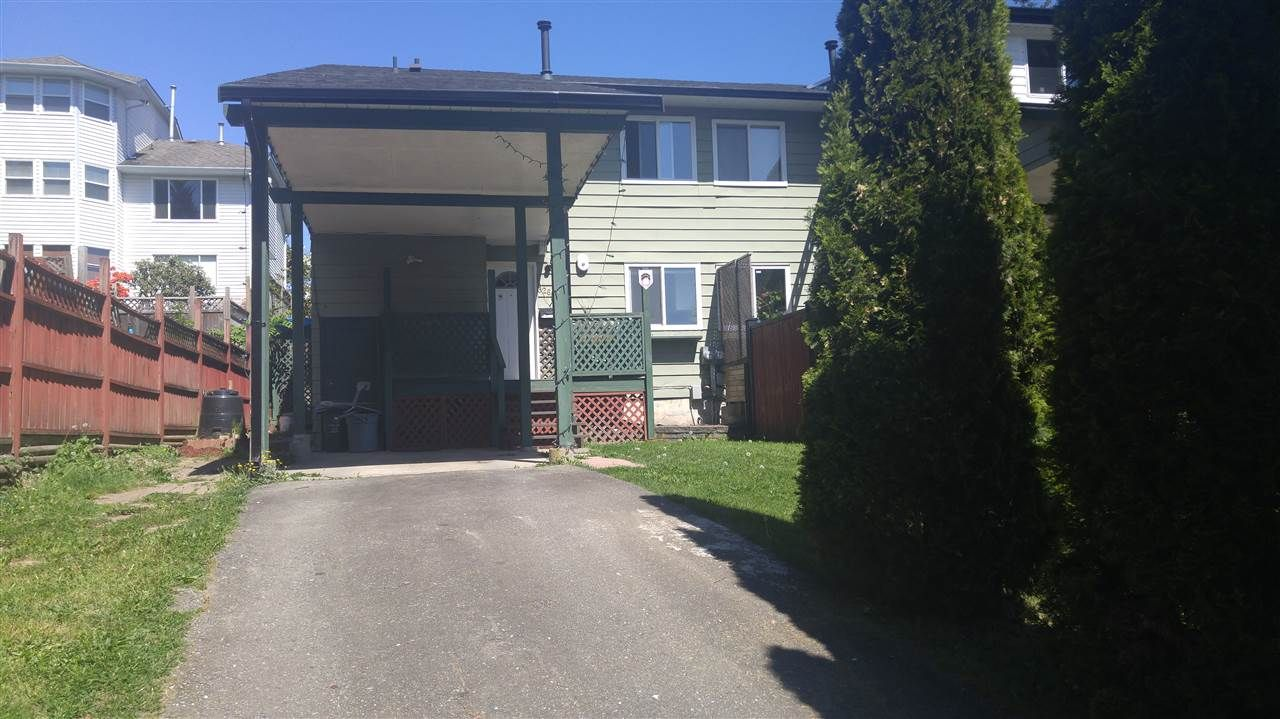 Main Photo: 32643 BOBCAT Drive in Mission: Mission BC 1/2 Duplex for sale : MLS®# R2065260