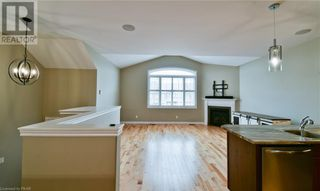 Photo 8: 275 LOUDEN TERRACE in Peterborough: House for sale : MLS®# 268635