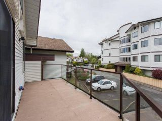 """Photo 20: 202 13882 102 Avenue in Surrey: Whalley Townhouse for sale in """"GLENDALE VILLAGE"""" (North Surrey)  : MLS®# F1438802"""