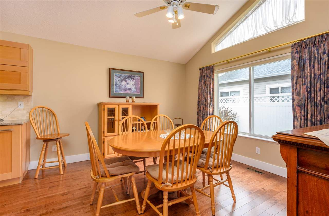"""Photo 7: Photos: 174 8485 YOUNG Road in Chilliwack: Chilliwack W Young-Well Townhouse for sale in """"Hazelwood Grove"""" : MLS®# R2452221"""