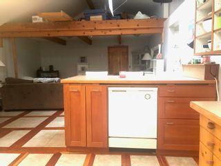 Photo 9: 2897 SUNSHINE COAST Highway: Roberts Creek House for sale (Sunshine Coast)  : MLS®# R2602692