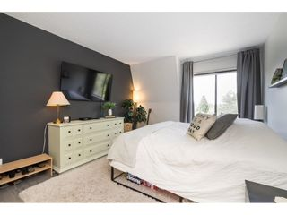 """Photo 15: 302 1720 SOUTHMERE Crescent in White Rock: Sunnyside Park Surrey Condo for sale in """"Capstan Way"""" (South Surrey White Rock)  : MLS®# R2602939"""