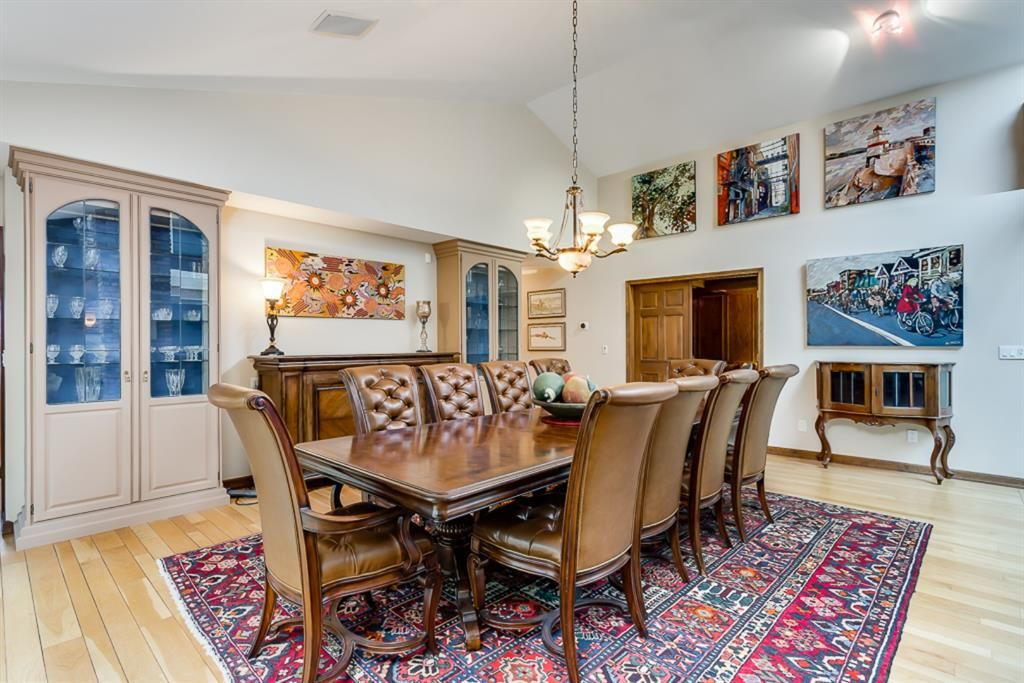 Photo 10: Photos: 831 PROSPECT Avenue SW in Calgary: Upper Mount Royal Detached for sale : MLS®# A1108724