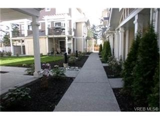 Photo 9:  in VICTORIA: La Langford Proper Row/Townhouse for sale (Langford)  : MLS®# 420103