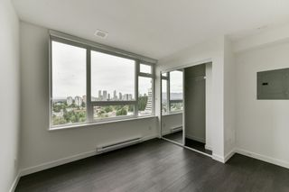 """Photo 7: 2102 5470 ORMIDALE Street in Vancouver: Collingwood VE Condo for sale in """"WALL CENTRE CENTRAL PARK 3"""" (Vancouver East)  : MLS®# R2537972"""