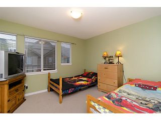 """Photo 9: 71 1055 RIVERWOOD Gate in Port Coquitlam: Riverwood Townhouse for sale in """"MOUNTAIN VIEW ESTATES"""" : MLS®# V999954"""