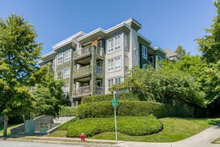 "Photo 1: 309 8495 JELLICOE Street in Vancouver: Fraserview VE Condo for sale in ""RIVERGATE"" (Vancouver East)  : MLS®# R2341703"