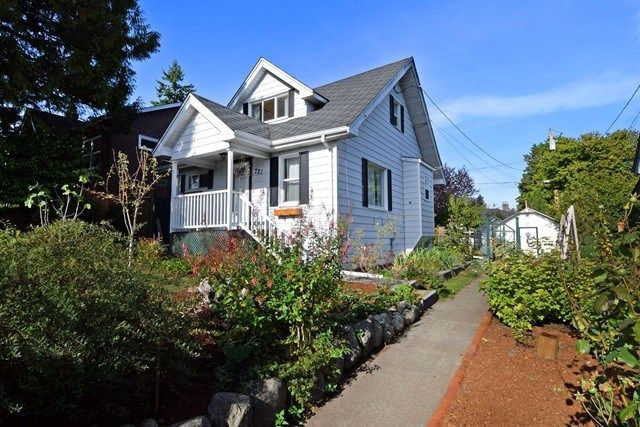 Main Photo: 721 TWENTIETH Street in NEW WEST: West End NW House for sale (New Westminster)  : MLS®# R2003461