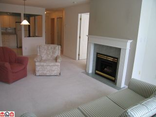 """Photo 8: 319 9626 148TH Street in Surrey: Guildford Condo for sale in """"HARTFORD WOODS"""" (North Surrey)  : MLS®# F1022380"""