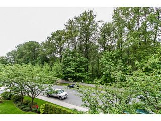 Photo 10: # 303 2357 WHYTE AV in Port Coquitlam: Central Pt Coquitlam Condo for sale : MLS®# V1123939