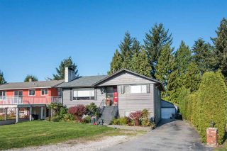 Photo 3: 317 WELLS GRAY Place in New Westminster: The Heights NW House for sale : MLS®# R2220291