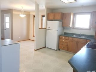 Photo 3: 1230 Dahl Street East in Swift Current: South East SC Residential for sale : MLS®# SK761909