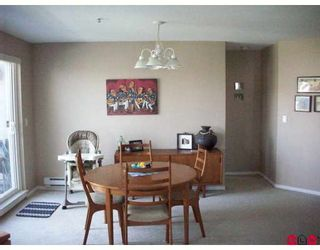 "Photo 3: 410 5465 201ST Street in Langley: Langley City Condo for sale in ""BRIARWOOD PARK"" : MLS®# F2824147"