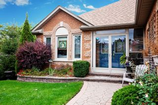 Photo 2: 12 Brand Court in Ajax: Central House (Bungalow) for sale : MLS®# E4462366
