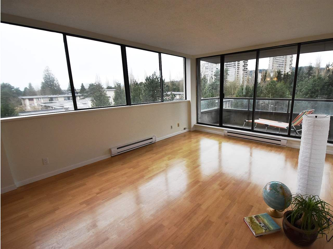 """Main Photo: 606 3970 CARRIGAN Court in Burnaby: Government Road Condo for sale in """"THE HARRINGTON"""" (Burnaby North)  : MLS®# R2044133"""