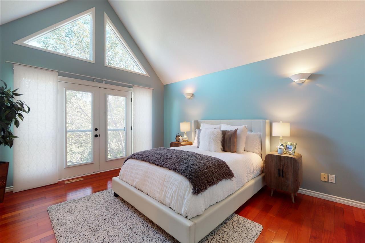 Main Photo: 10188 87 Street in Edmonton: Zone 13 House Half Duplex for sale : MLS®# E4234354