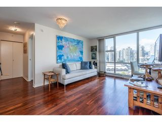 Photo 9: 1805 193 AQUARIUS Mews in Vancouver: Yaletown Condo for sale (Vancouver West)  : MLS®# R2487732