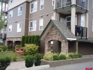 """Photo 1: 102 46053 CHILLIWACK CENTRAL Road in Chilliwack: Chilliwack E Young-Yale Condo for sale in """"THE TUSCANY"""" : MLS®# R2100567"""