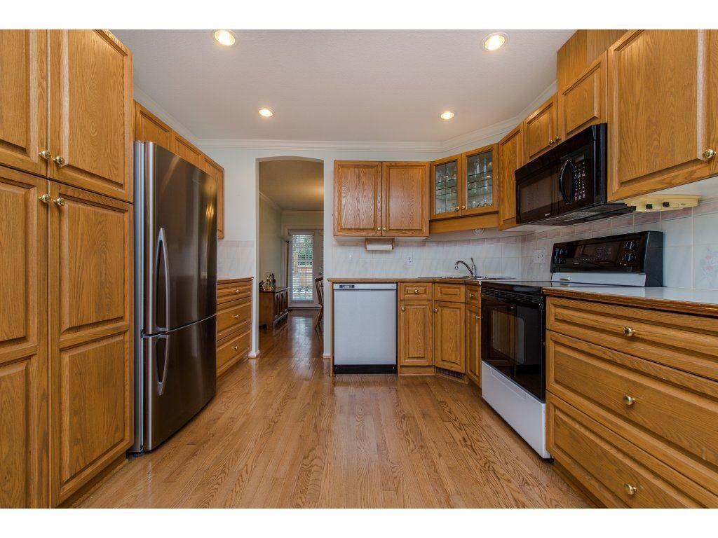 "Photo 5: Photos: 8 21848 50 Avenue in Langley: Murrayville Townhouse for sale in ""CEDAR CREST ESTATES"" : MLS®# R2132089"
