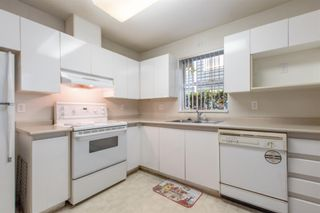 """Photo 7: 101 1199 WESTWOOD Street in Coquitlam: North Coquitlam Condo for sale in """"Lakeside Terrace"""" : MLS®# R2584472"""