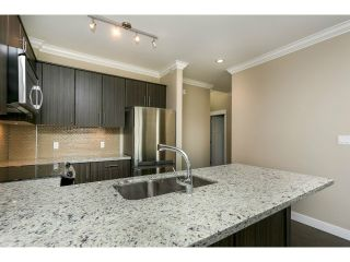 """Photo 5: 313 6888 ROYAL OAK Avenue in Burnaby: Metrotown Condo for sale in """"KABANA"""" (Burnaby South)  : MLS®# V1028081"""