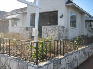 Photo 2: MISSION HILLS House for sale : 2 bedrooms : 1504 Fort Stockton in San Diego