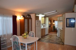 """Photo 11: 105 2303 CRANLEY Drive in Surrey: King George Corridor Manufactured Home for sale in """"SUNNYSIDE ESTATES"""" (South Surrey White Rock)  : MLS®# R2146225"""