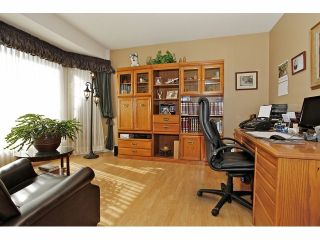 Photo 2: 5929 191A Street in Surrey: Cloverdale BC House for sale (Cloverdale)  : MLS®# F1312349