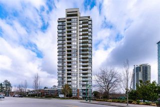 """Photo 1: 2207 7325 ARCOLA Street in Burnaby: Highgate Condo for sale in """"Espirit 2"""" (Burnaby South)  : MLS®# R2553663"""